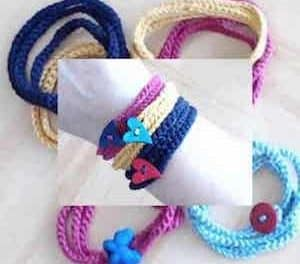 How To Make An Easy Crochet Bracelet