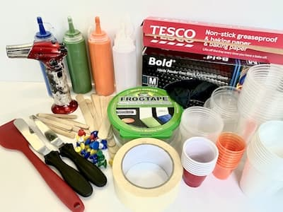 supplies you need for paint pouring